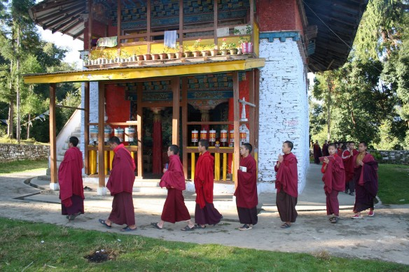 Buddhist monks of Rinchenpong2