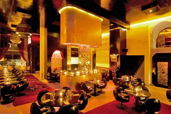 3. Restaurantes - Azar